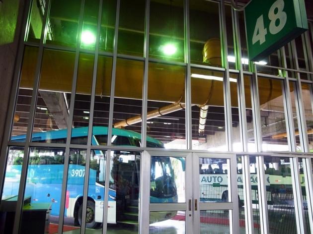 繼紐約市之後,全球第二大的巴士總站