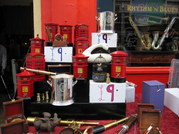 以前的香港,也有不少皇家郵箱
