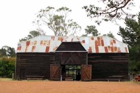 過百年的風吹兩打,這個農莊也保持它的本來面貌