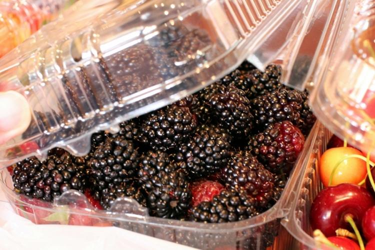 還有很多Black Currant, Raspberry和一些不知名的berries