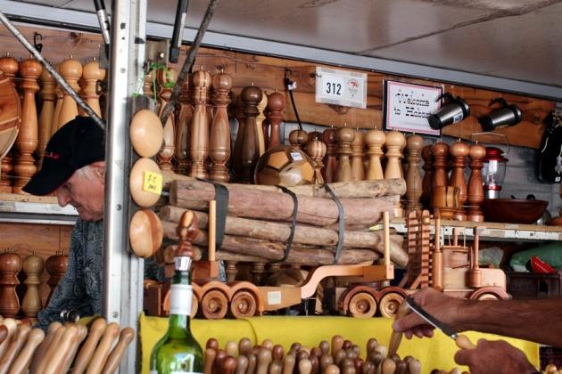 有很多木造的家具