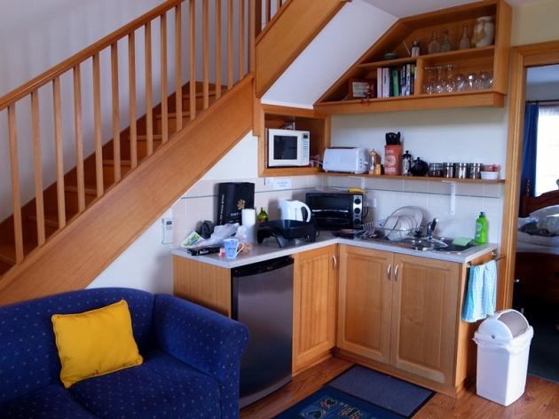 其中三晚住在Richmond Barricks Cottage,訂了個兩層的Cottage,三個人或以上住這個房形最化算