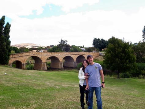 Richmond是一個歷史悠久的小鎮,很多建築物也過百年。這是著名的Richmond Bridge