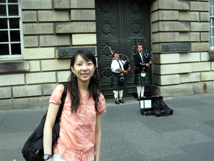 風笛子Bagpipes (http://en.wikipedia.org/wiki/Music_of_Scotland)