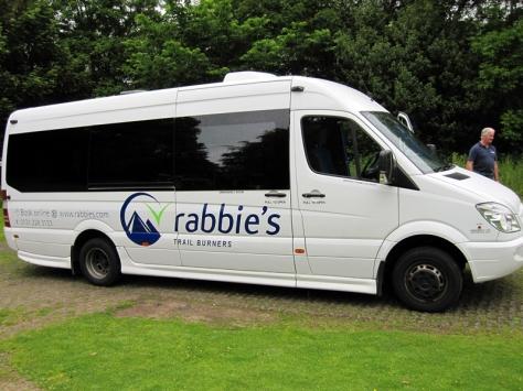 rabbies tour 是我們今次的旅遊團公司 (http://www.rabbies.com/tours_scotland_edinburgh/isle_skye_highlands_3_day_tour.asp?lng=en)
