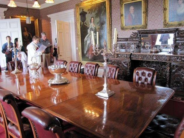 差不多已經是八個世紀,Macleod家族仍然擁有這個城堡。內裡仍保持著古時的佈置
