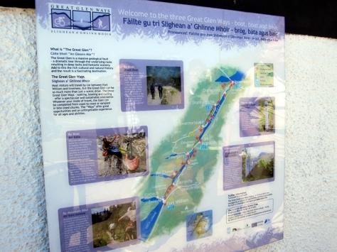 原來尼斯湖很長,怪不得看不到水怪,可能它比熊貓還要懶
