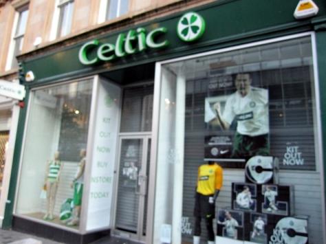 從前我對蘇格蘭的認識,除了男人也穿裙外,還有這隊Celtic足球隊