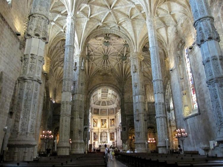 這是個很有特色的教堂,不比歐洲其他地方的遜色