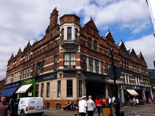 很有名的咖啡店Monmouth - http://www.monmouthcoffee.co.uk/shops/the-borough