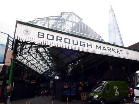 係London Bridge旁就是Borough Market,去買一杯咖啡