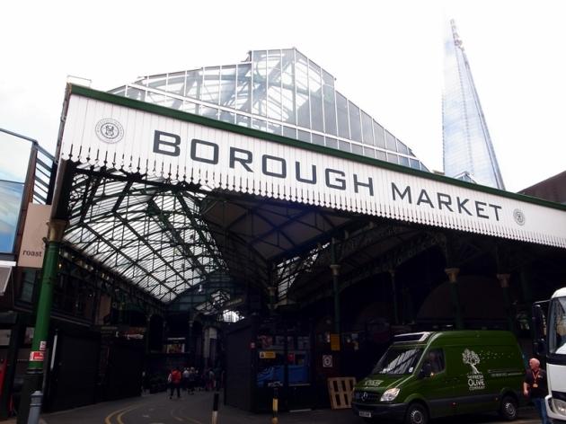 係London Bridge旁就是Borough Market,去買一杯咖啡