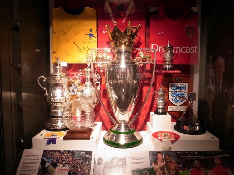 有很多阿仙奴珍貴球衣,獎杯和歷史片段讓阿仙奴球迷重溫