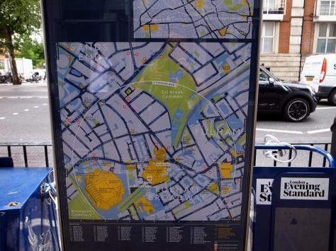 坐地鐵去到Fulham Broadway就是了,十分方便