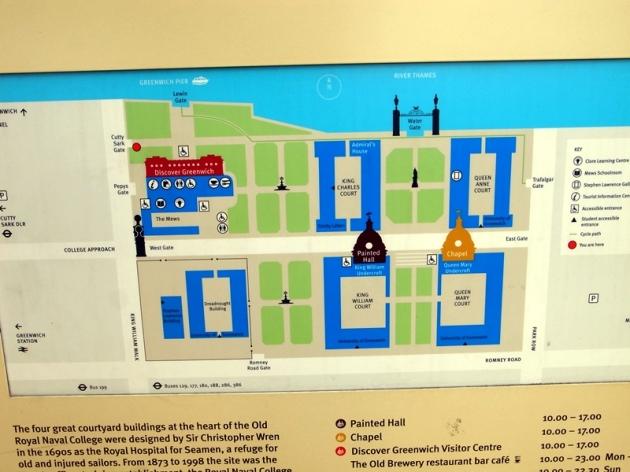 還是走回頭回到地面,先去看看近海的皇宮和海軍學院