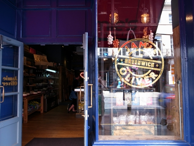 Jamie Oliver Italian餐廳在英國不少城市都有。2013年也會在新加坡和澳洲開亞洲區的第一家分店